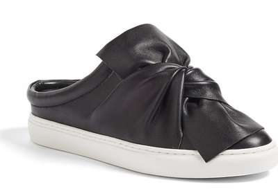 sneaker_noeud_noir_nordstrom